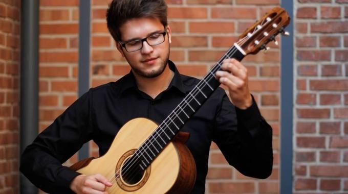 Recital gitarowy: Radosław Wieczorek